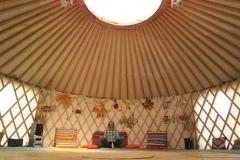 1st_yurt_inside1